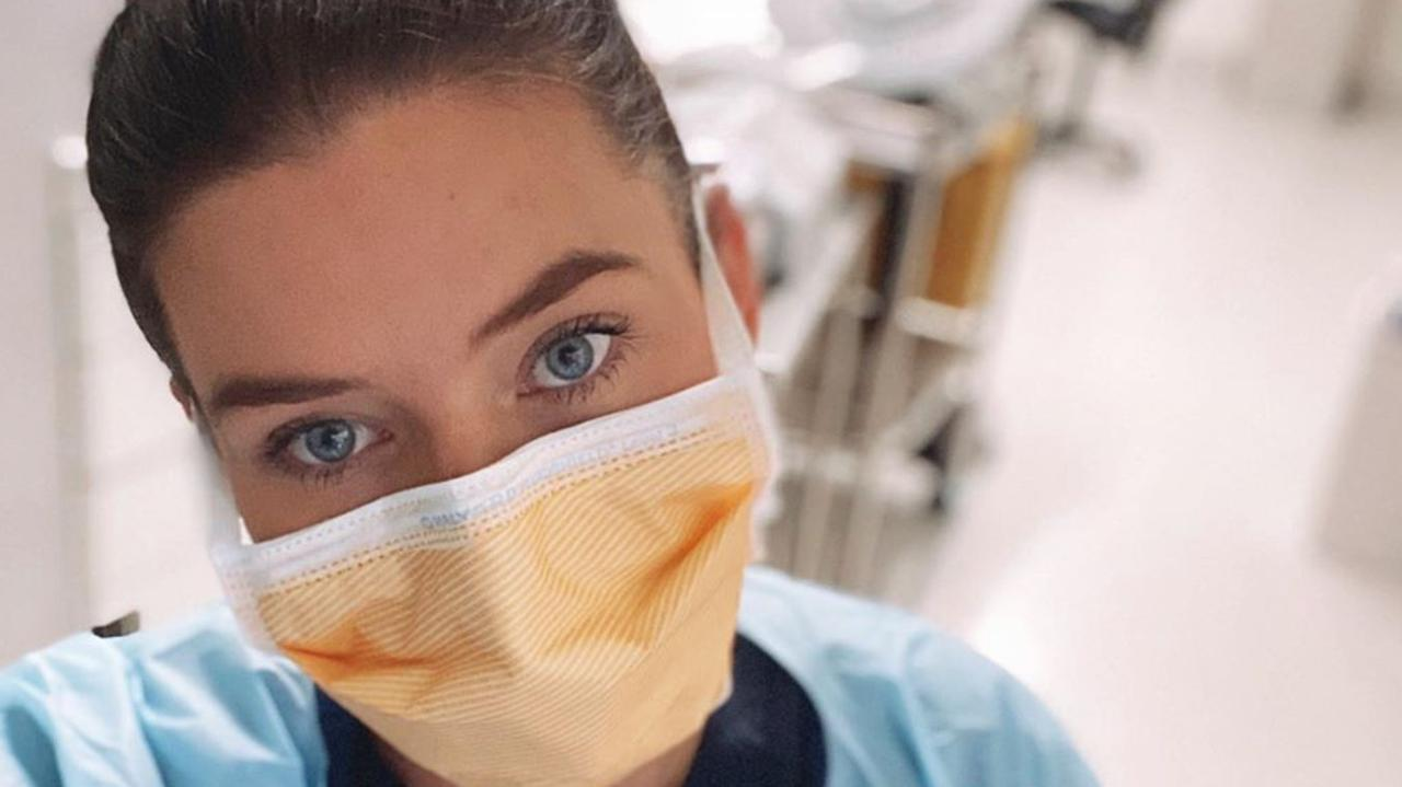 Bachelor star Brittany Hockley takes a stand on coronavirus as she reveals what it is like working on the frontline. Picture: Instagram/Brittany Hockley