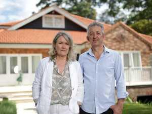 Aussies seek help as virus hits investment portfolio