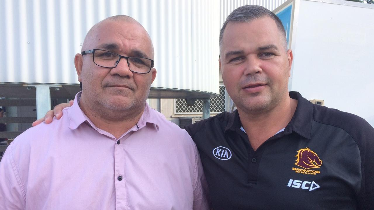 NEW IDEAS: Rockhampton Brothers A-grade coach Scott Munns (left) spent some time at the Brisbane Broncos with head coach Anthony Seibold.