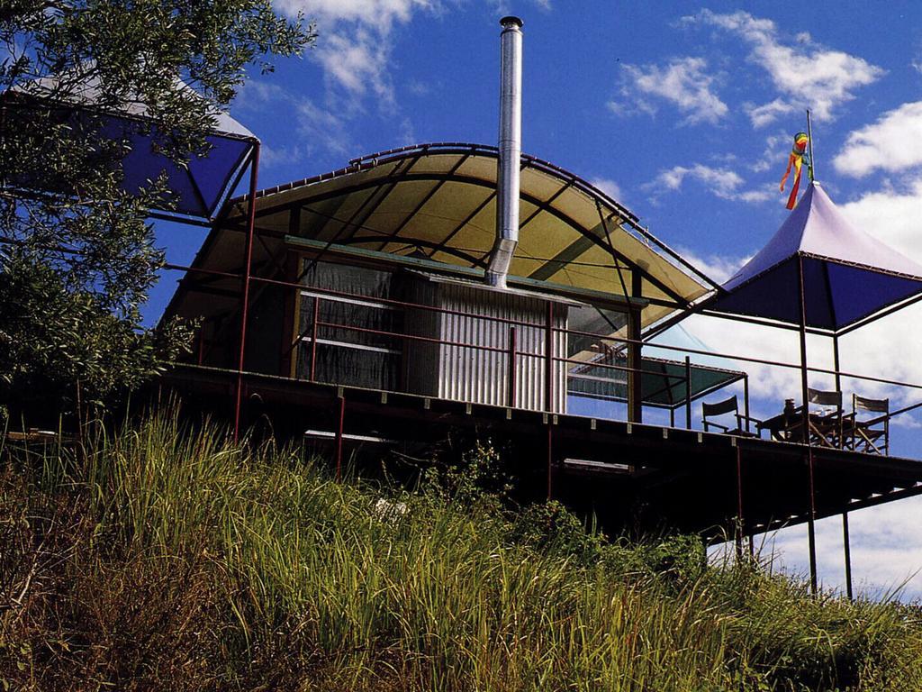 Architect Gabriel Poole's Tent House at Eumundi.