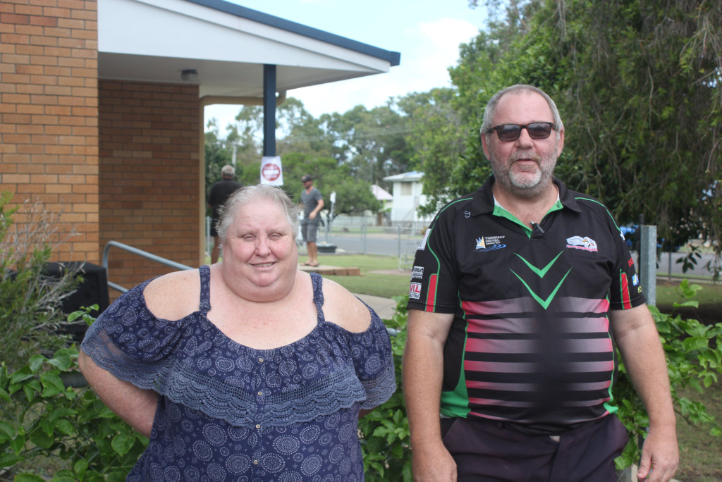 Gayle Petersen and Shaun Doyle voting at Sandy Straits School.