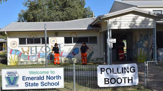 Emerald voters 'trickle' to polling booths