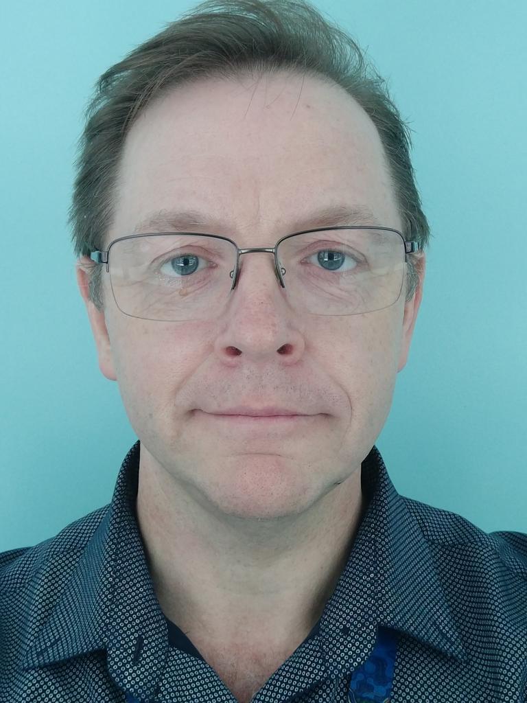 UQ Virologist Associate Professor Ian Mackay.