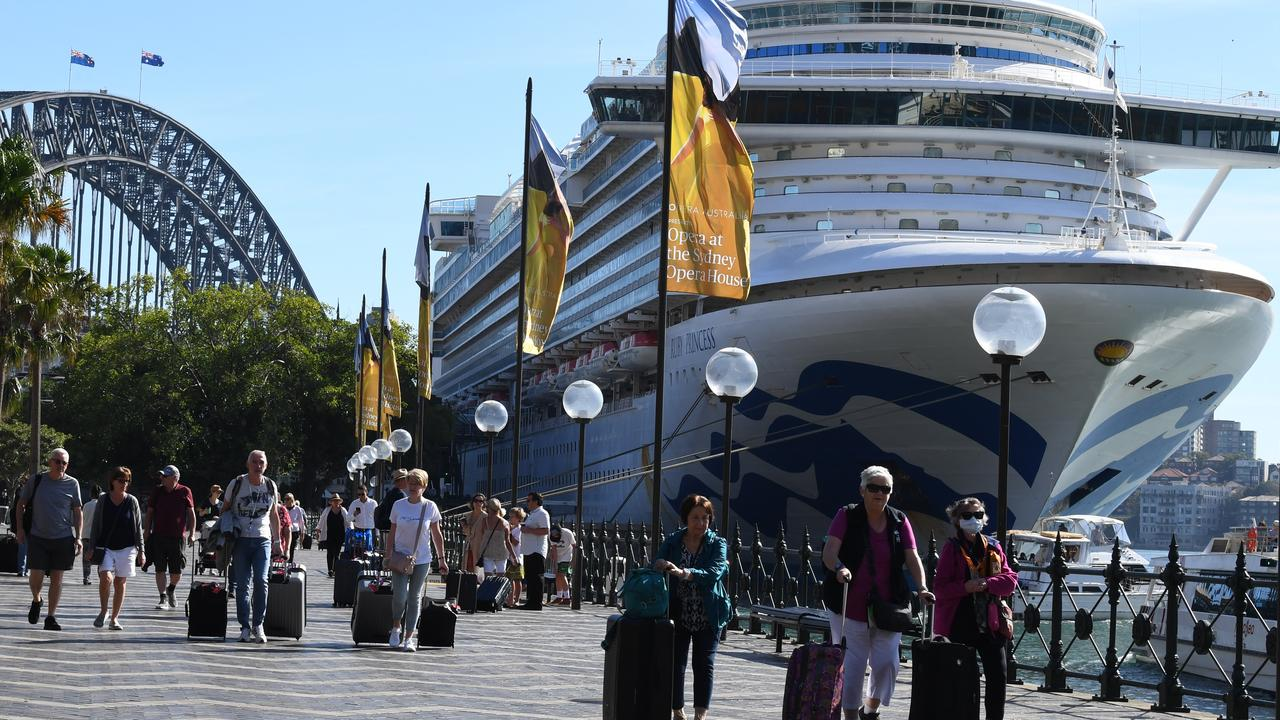 NSW govt 'aggressively' attempts to 'transfer blame' for the cruise ship debacle