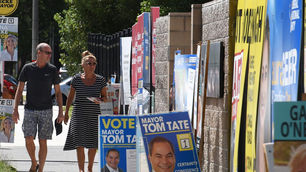 Voters at the Palm Beach Currumbin State School. (Photos/Steve Holland)