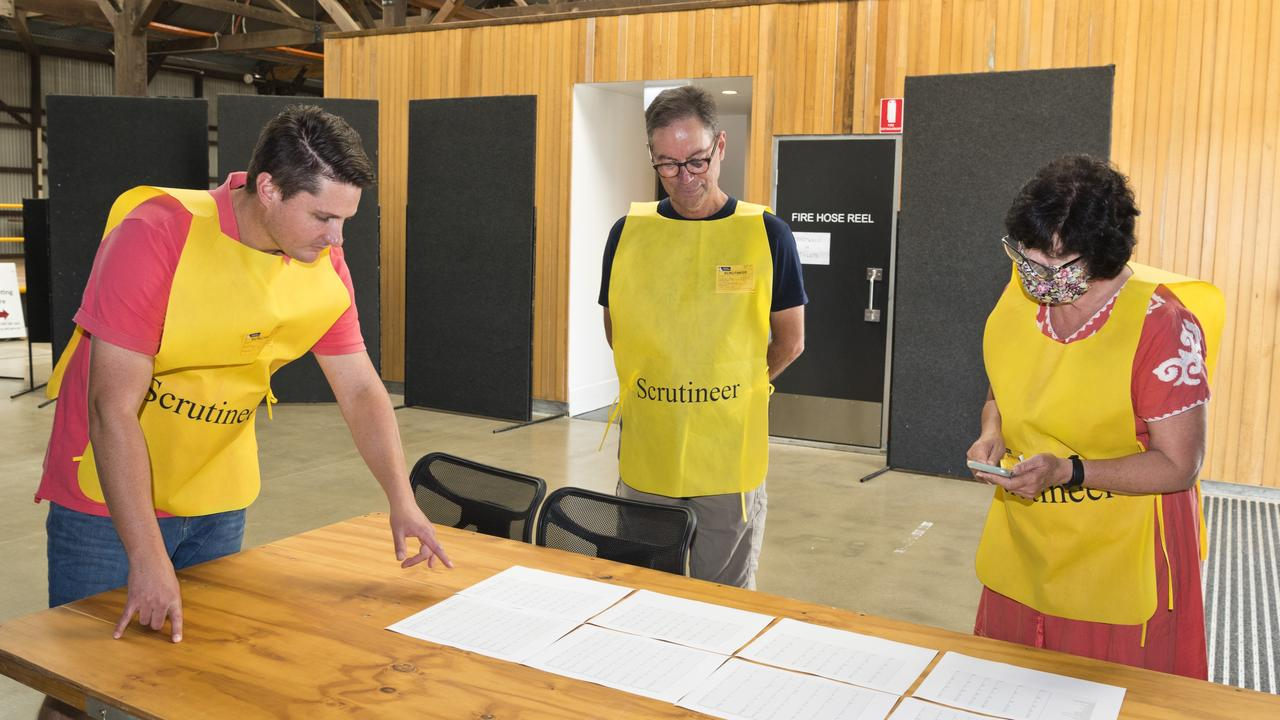 Looking over the numbers are (from left) candidate Tim McMahon, Steve Walker scrutineer for Geoff McDonald and candidate Candidate Nancy Sommerfield as vote counting in the Toowoomba Regional Council local government 2020 election continues at The Goods Shed, Tuesday, March 31, 2020. Picture: Kevin Farmer