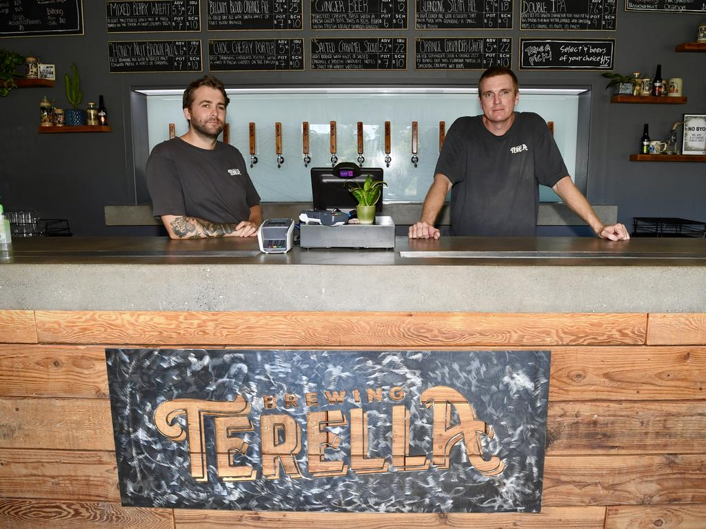 Torren Read and Brandt Bamford from Terella Brewing are remaining positive despite the downturn due to the coronavirus pandemic. Photo: Warren Lynam