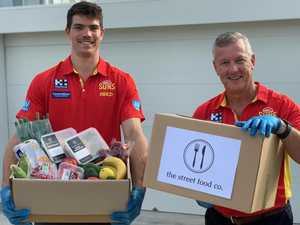 Gold Coast Suns deliver meals to those in need