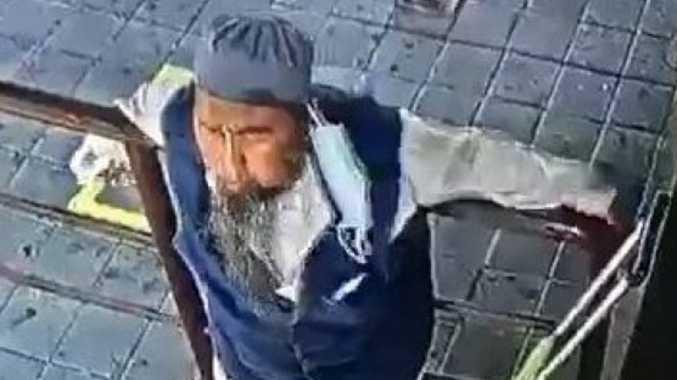 Man spits in stranger's face then dies