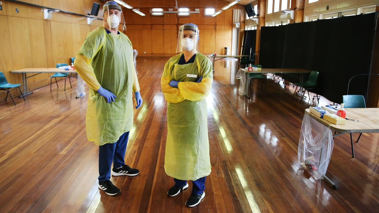 (L-R) Nurse Kurtis Who and Nurse Vanesa Hrsto from St Vincent's Hospital at the Bondi clinic. Picture: Rohan Kelly