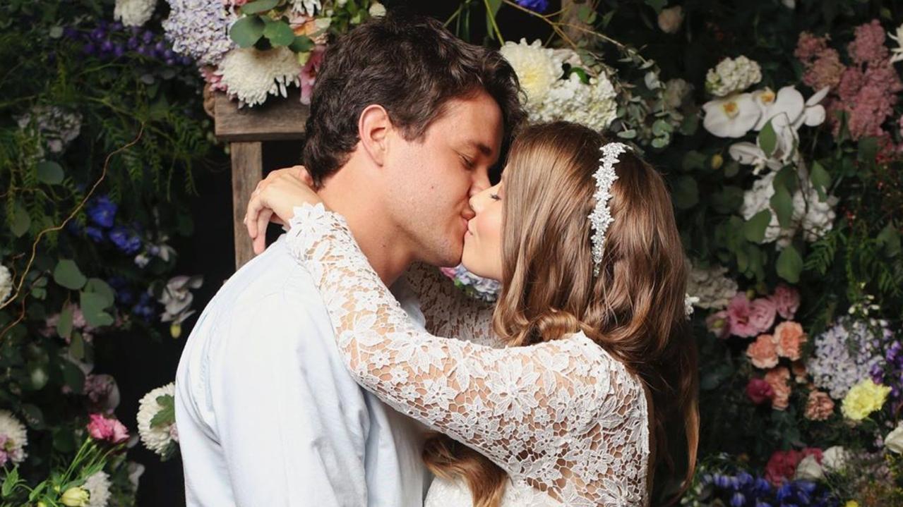 Bindi Irwin and Chandler Powell post wedding pic on Instagram from source: https://www.instagram.com/p/B-KCn5SBLmD/