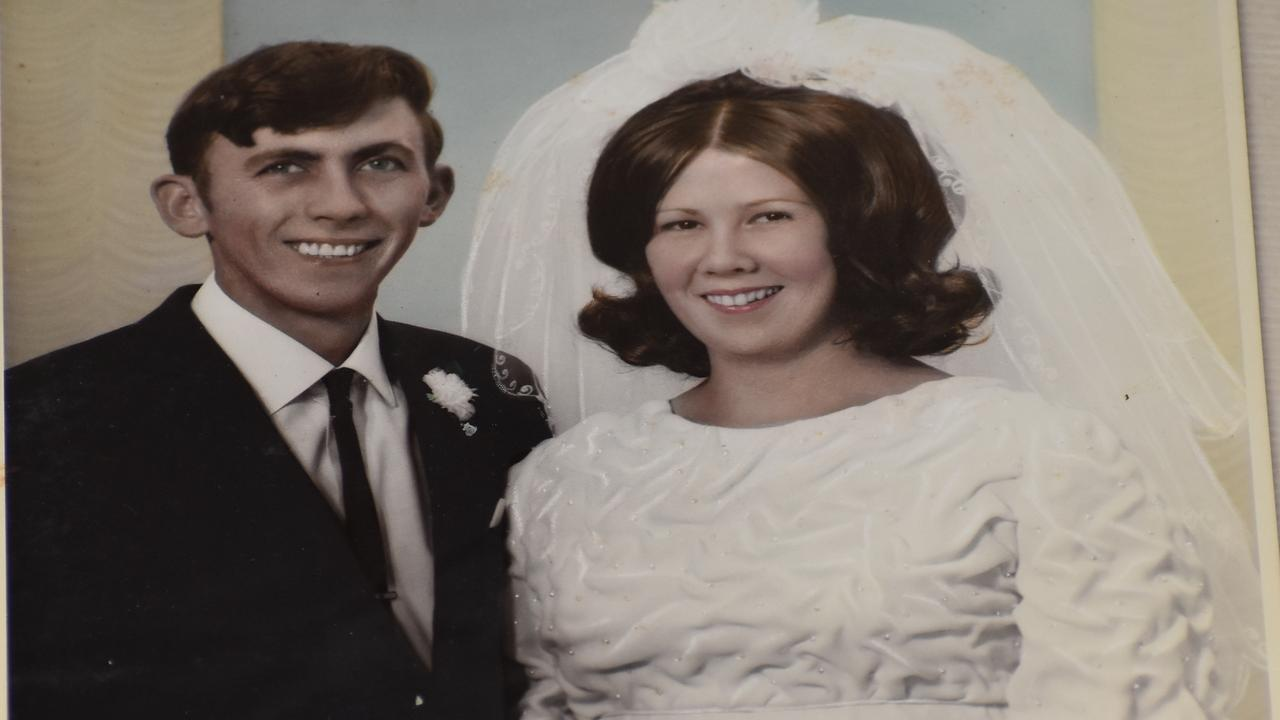 Lorna and Barry Reeves of Lawrence are celebrating their 50th wedding anniversary.