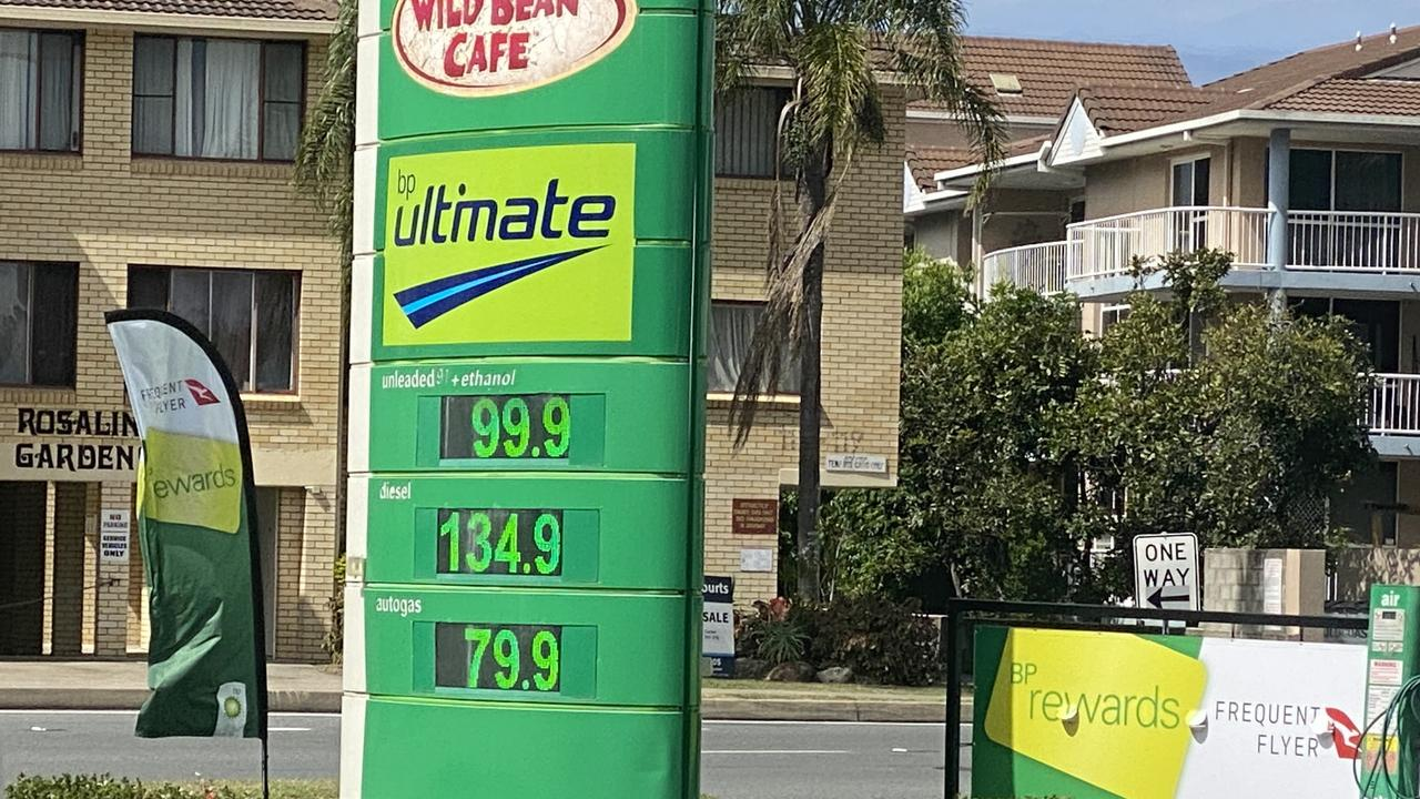 Fuel prices are dropping below $1 across the Gold Coast. This photo was taken at the BP in Labrador at about midday.