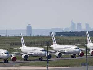 Government calls on Flight Centre
