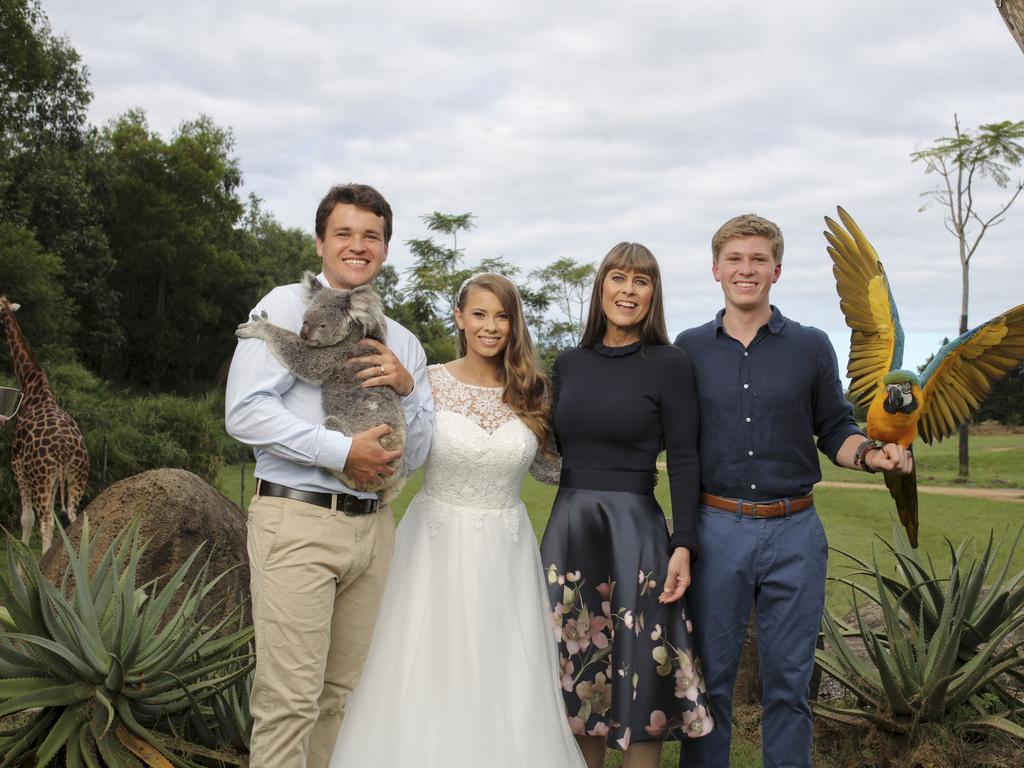 Bindi Irwin Releases Stunning Wedding Photos Queensland Times