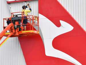Qantas passenger infectious with virus