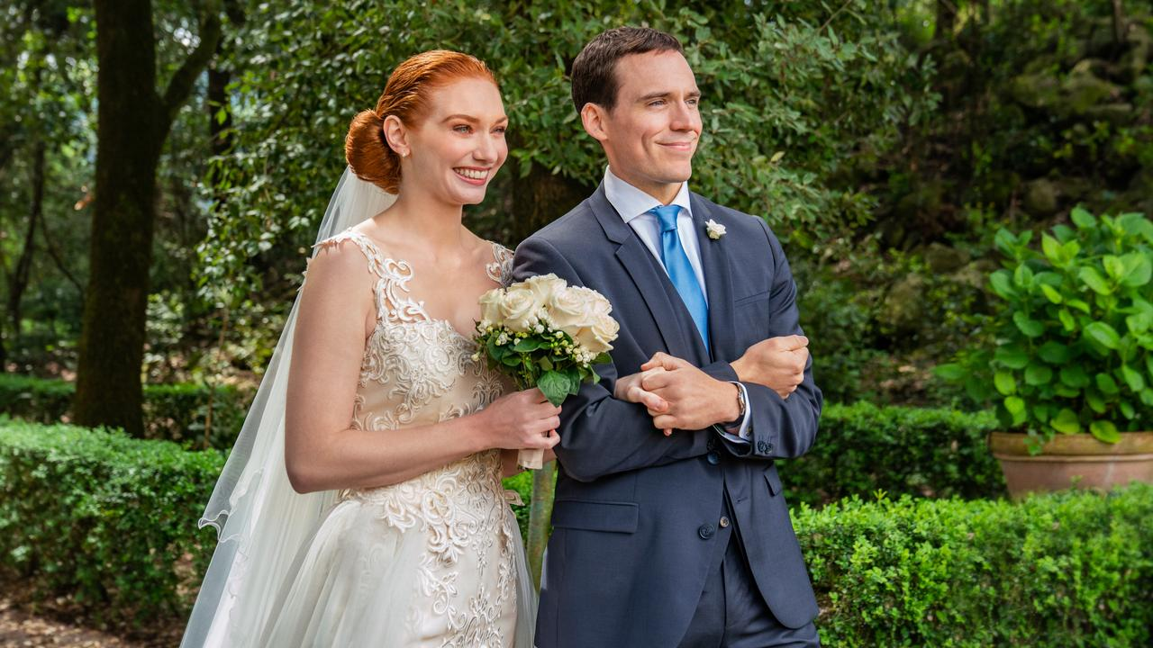 Love Wedding Repeat has something borrowed, all right, film reviewer Vicky Roach writes — its plot is startlingly similar to Four Weddings and a Funeral.