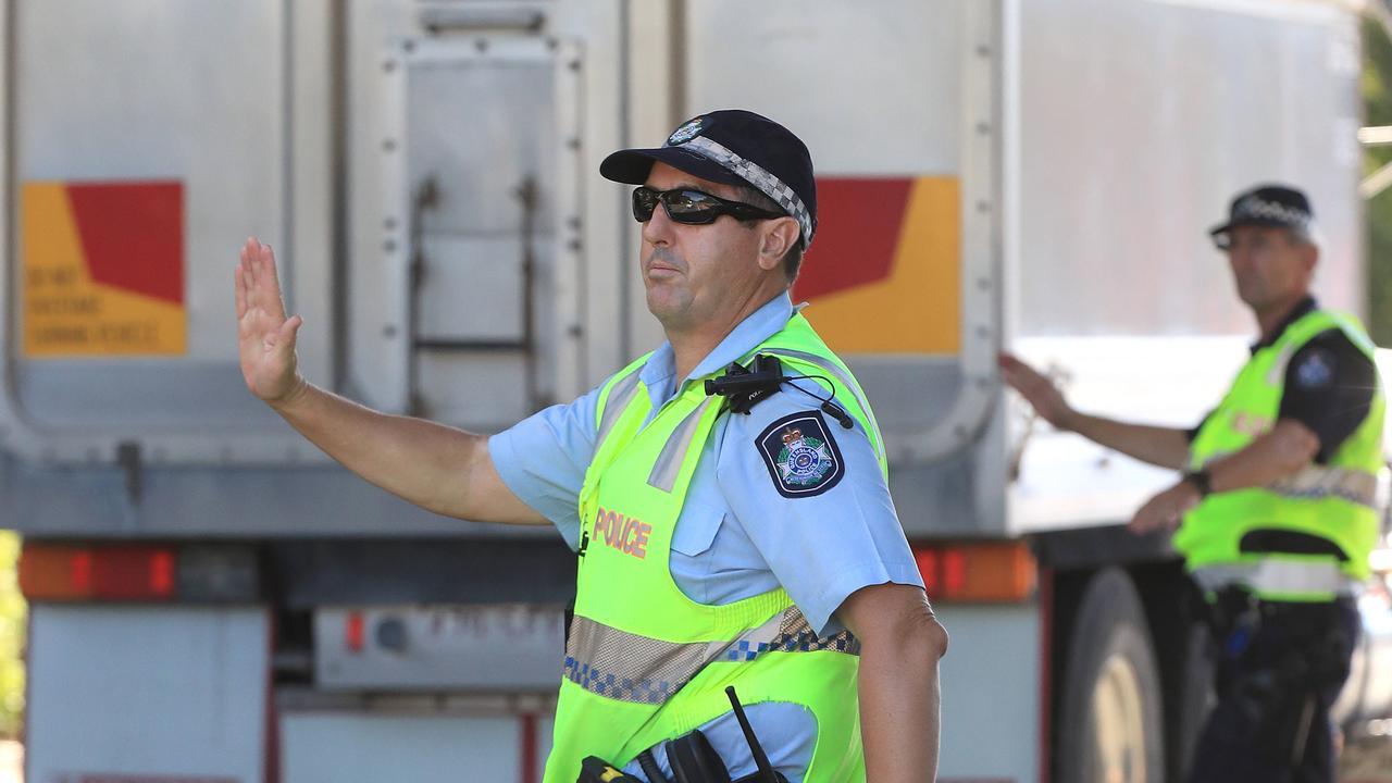 Police conduct checks at the QLD/NSW border at Coolangatta due to Covid-19 crisis. Picture: Adam Head