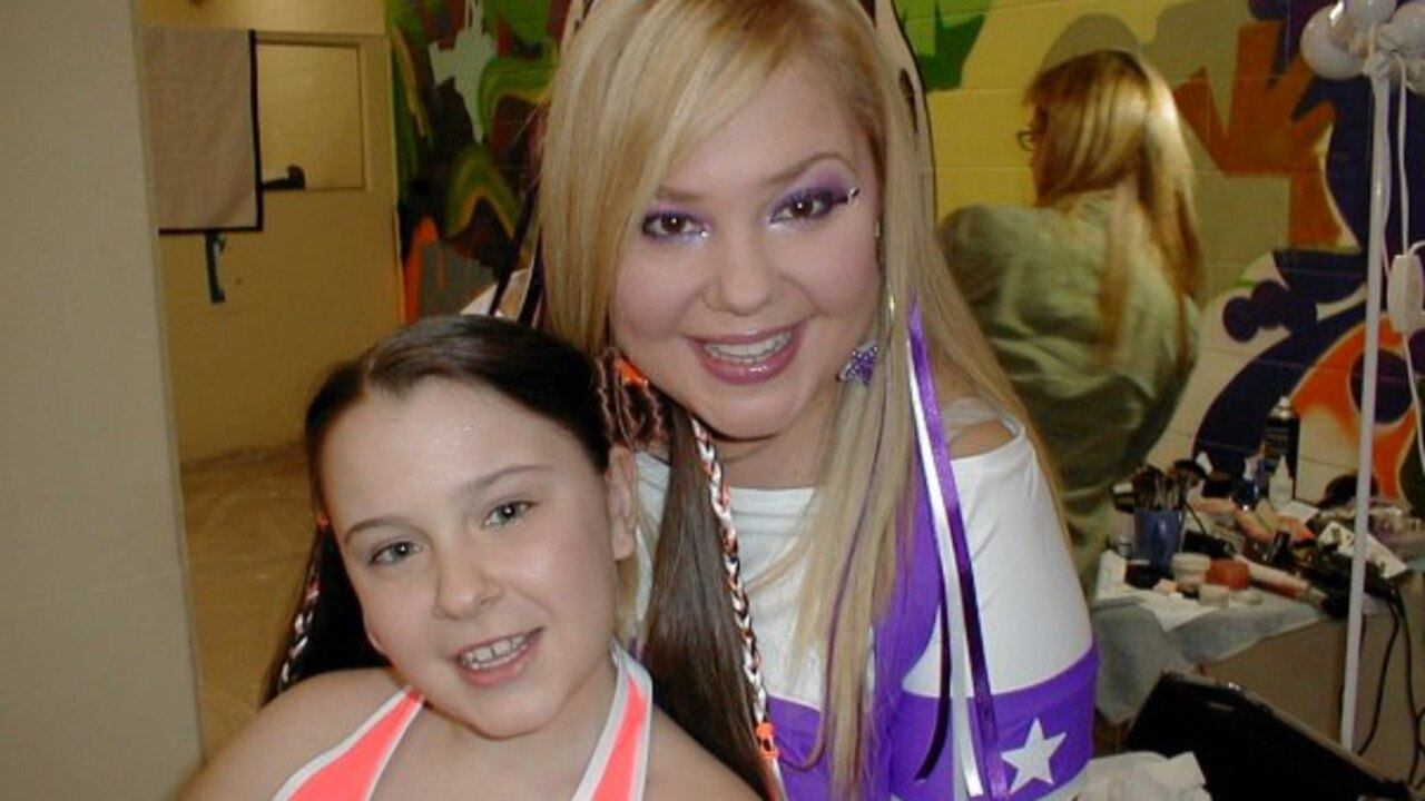Dianne Regan pictured with her asthmatic daughter Jasmine in 2009.