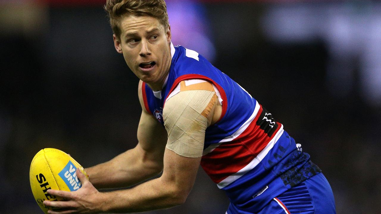 Lachie Hunter has offered to set down as vice-captain of the Western Bulldogs.