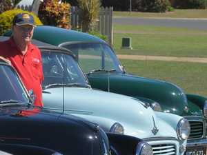 Kepnock man's drive to bring joy with mini car show