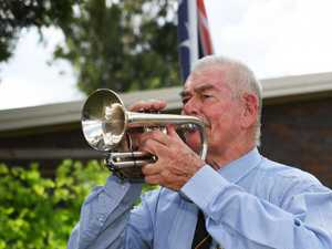 Former army musician to hold Anzac Day service from driveway