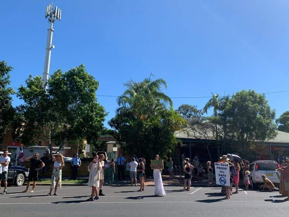 A group of up to 100 people is gathering in Dalley Street, Mullumbimby to protest against 5G technology.