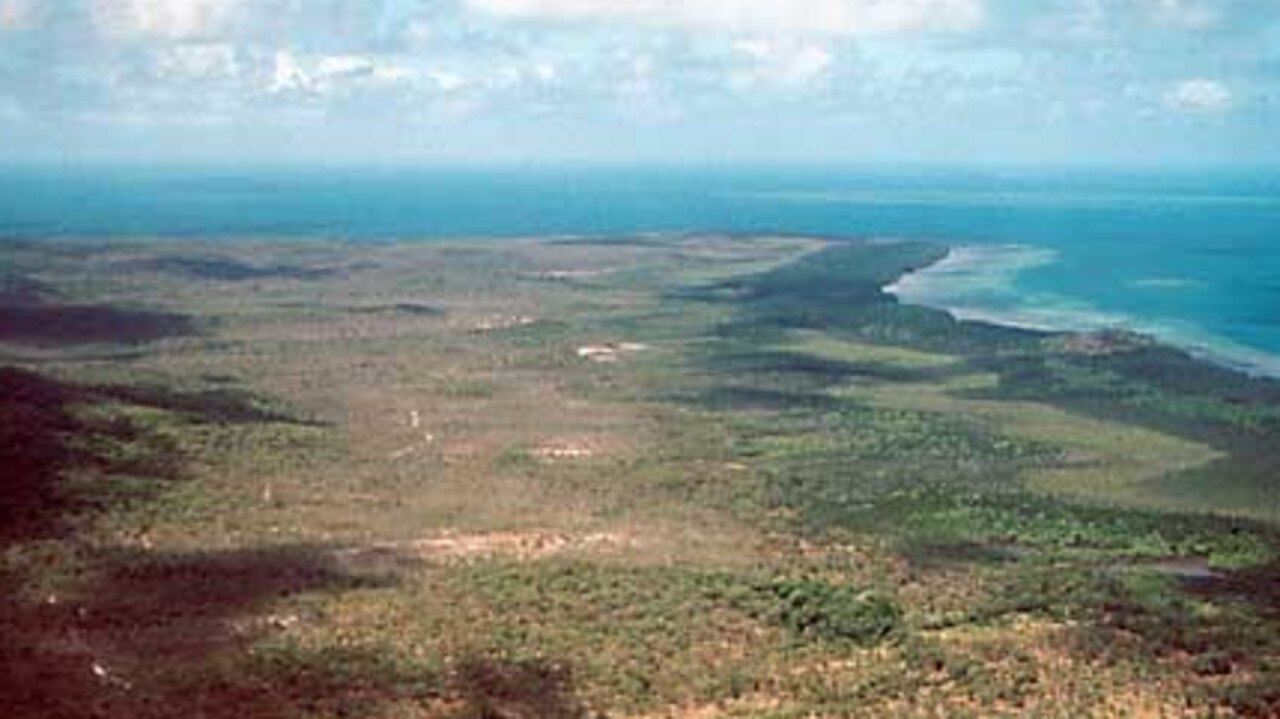A helicopter has crashed on Moa Island in the Torres Strait, injuring three people.