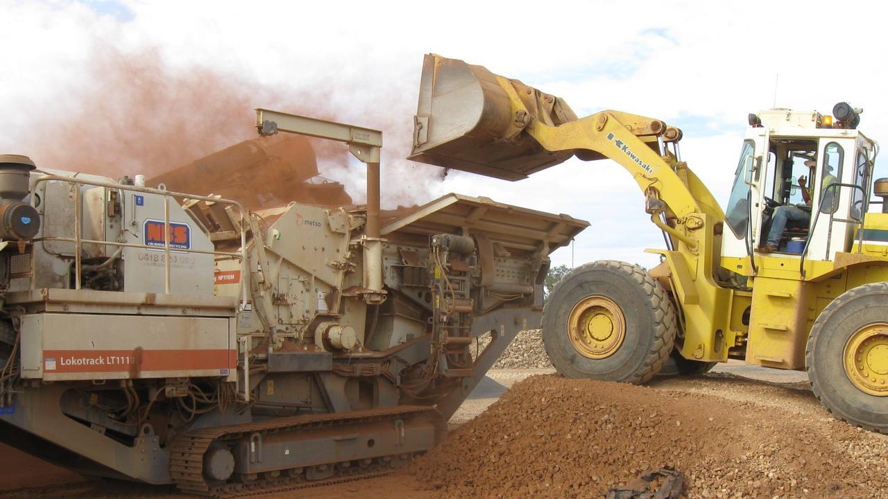Consolidated Tin Mines Gillian crushing sample at Mt Garnet.