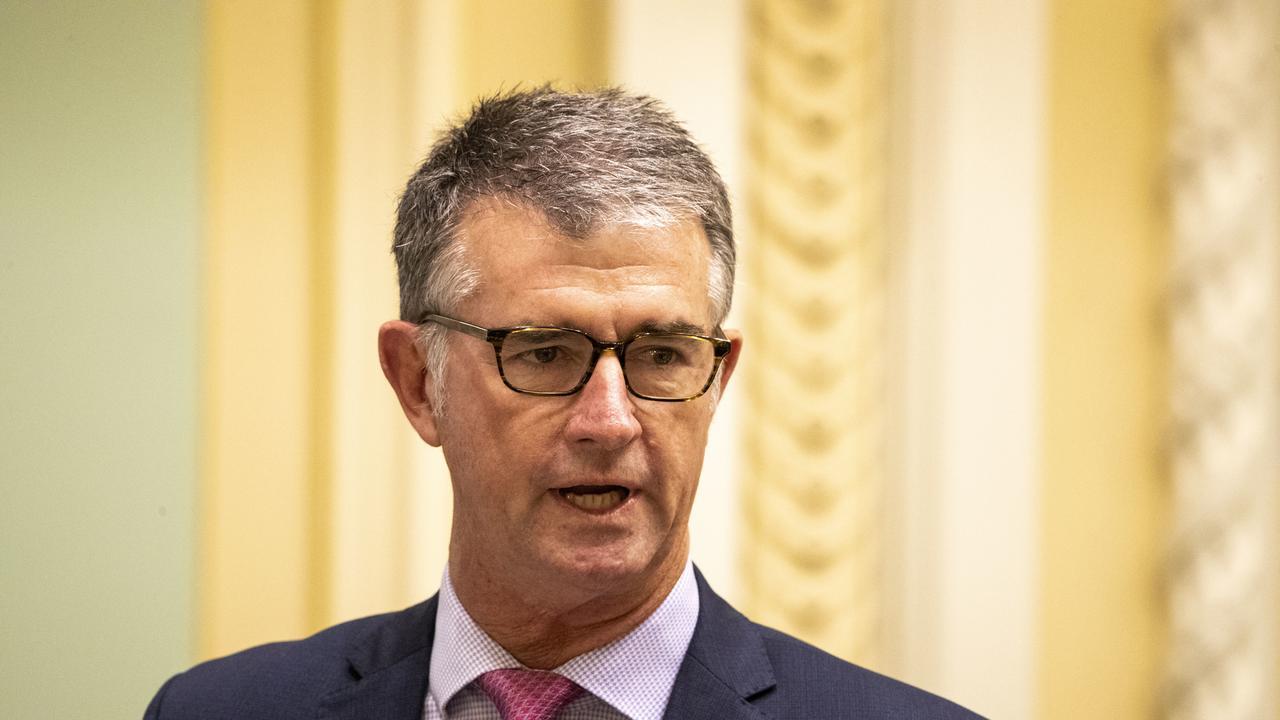 Opposition LNP leader Tim Mander speaks during Question Time at Parliament House in Brisbane. (AAP Image/Glenn Hunt)