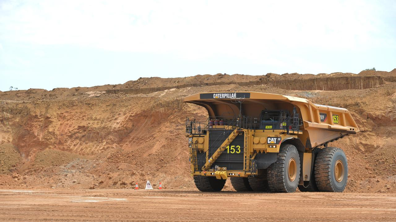 Testing thresholds have been removed for mining workers, Queensland Resources Council chief executive Ian Macfarlane said. Photo: Lee Constable