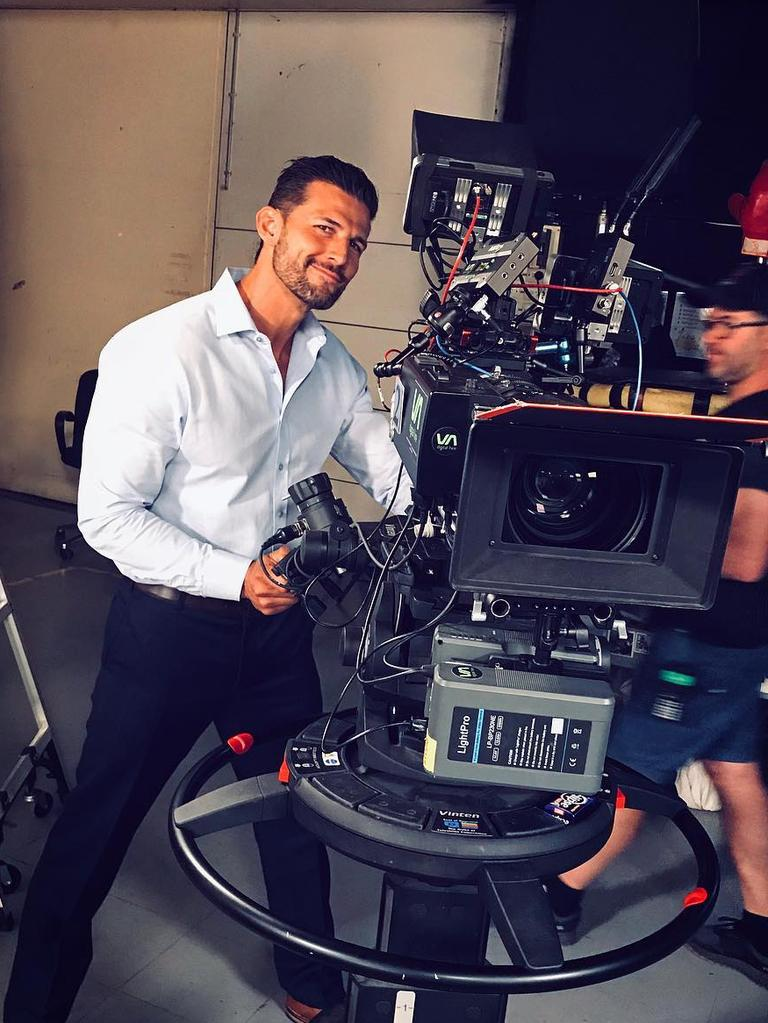 Tim Robards on set of Neighbours.