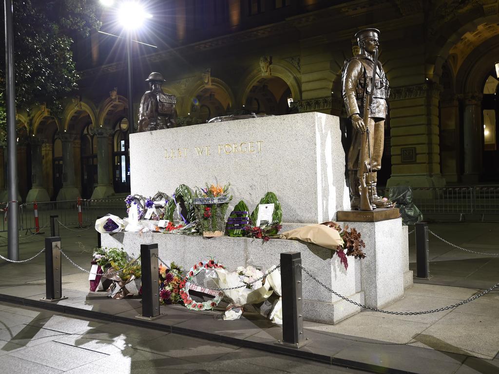 The Martin Place Cenotaph Sydney. Picture: Gordon McComiskie