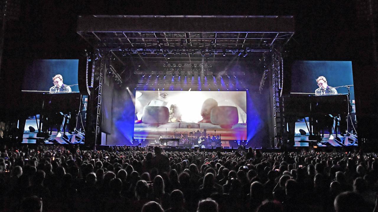 Elton John Farewell Yellow Brick Road Australian Tour, Sunshine Coast Stadium. Photo Patrick Woods / Sunshine Coast Daily.