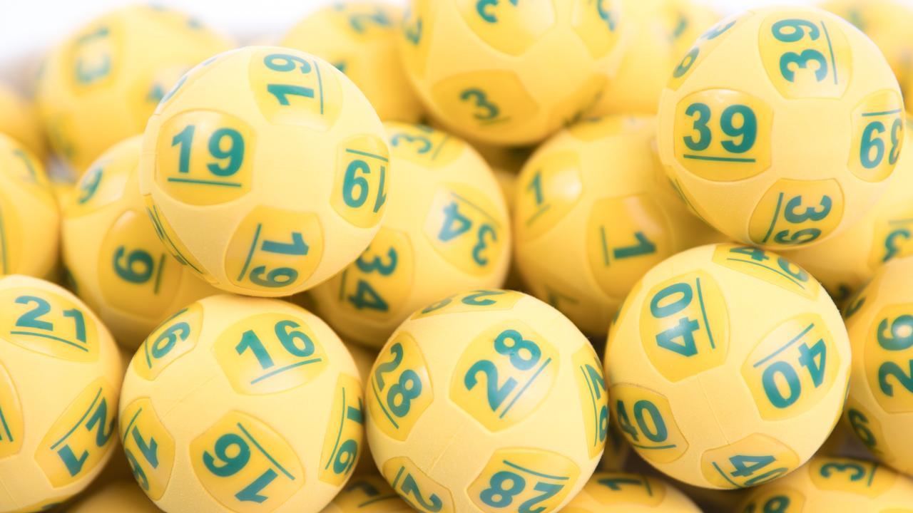 Generic Oz Lotto balls.