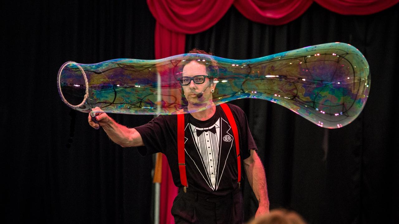 Shep Huntly presents the Dr Hubble Bubble Show.