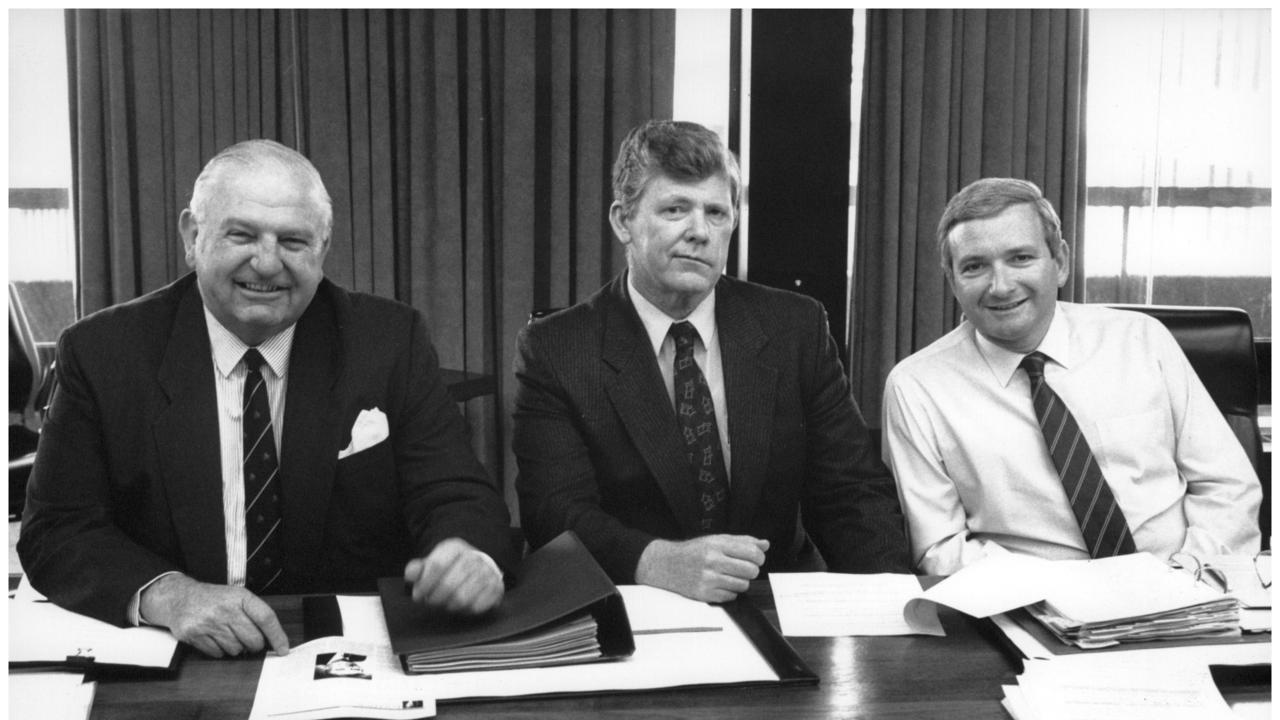 State Minister Ian Causley, centre, with National Party leader Wal Murray, left, and Premier of New South Wales Nick Greiner. Mr Causley died on Monday night.