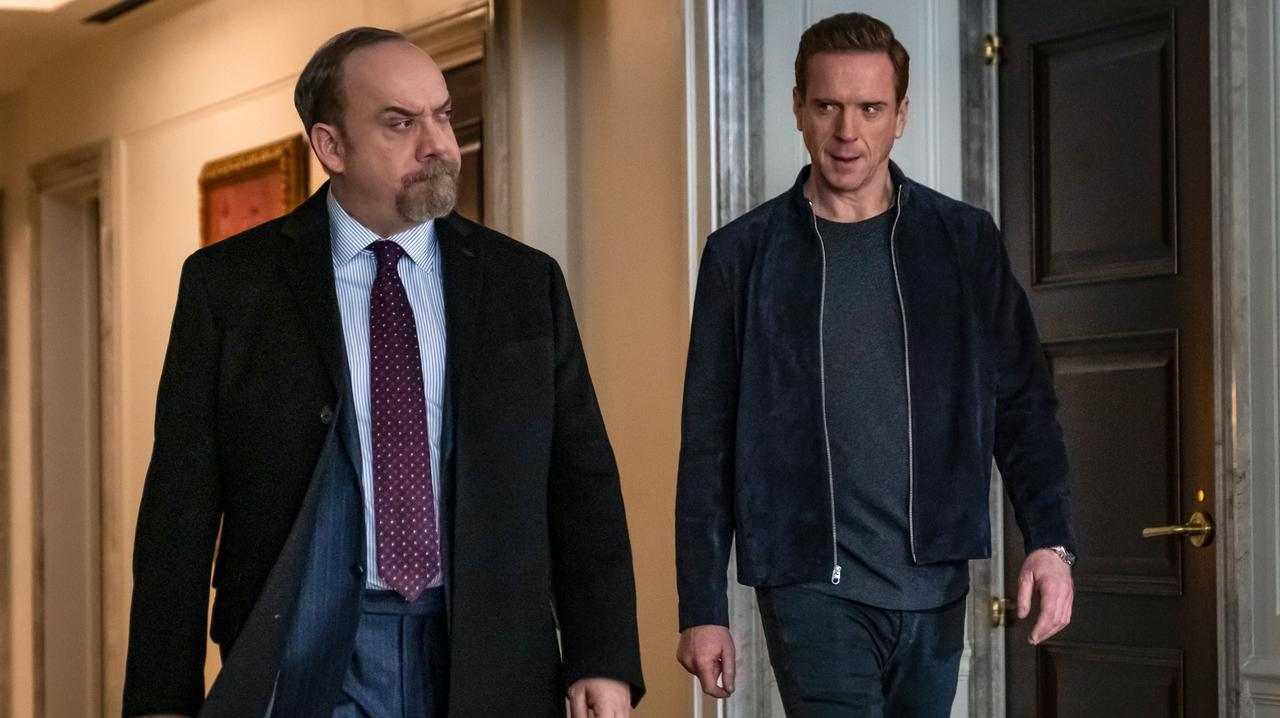 Paul Giamatti as Chuck Rhoades and Damian Lewis as Bobby