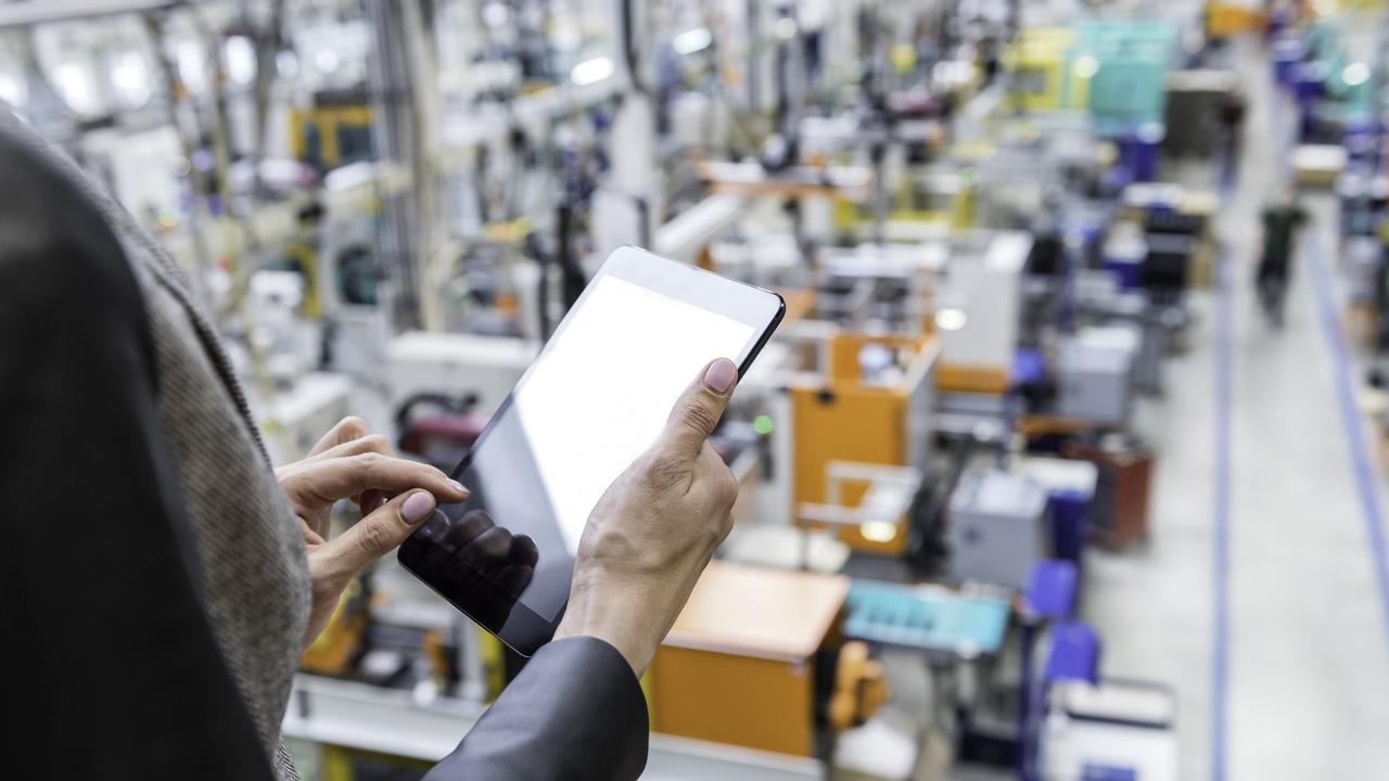 On-line orders in futuristic factory