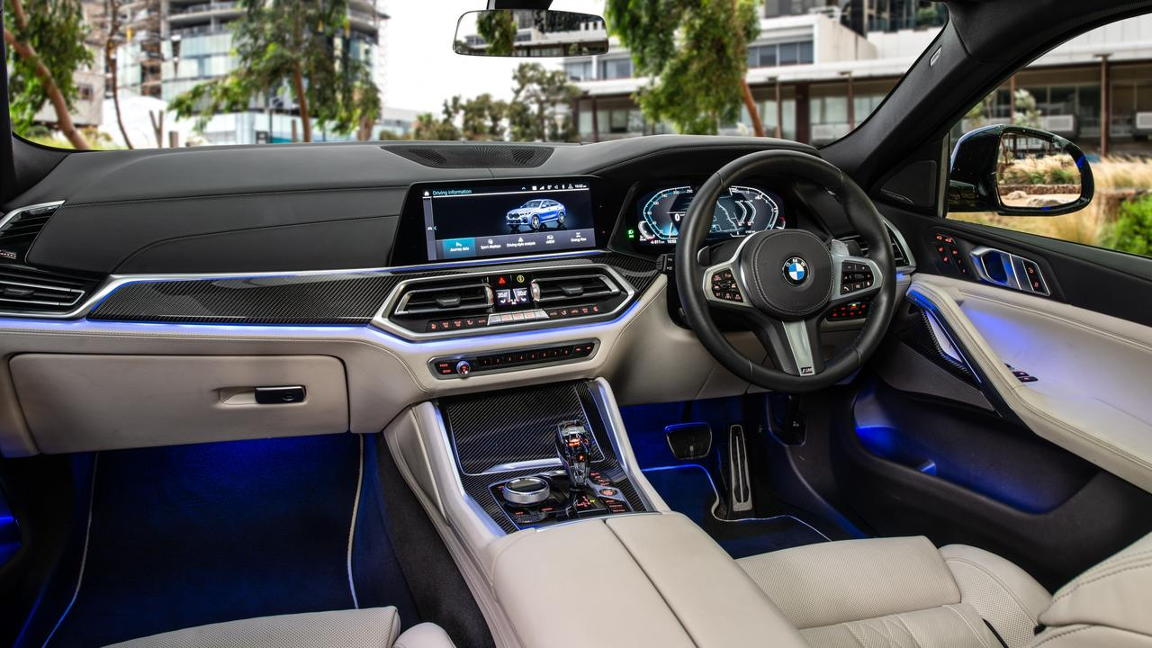 Luxurious surrounds inside the BMW xDrive30d.