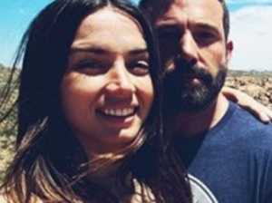 Affleck poses in snap with new flame