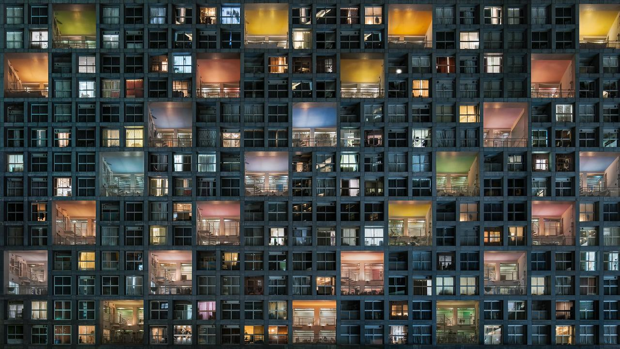 Life In Complex Ii Japan, Tokyo.Picture:Daniel Bonte /The EPSON International Pano Awards 2019