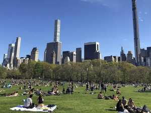 New Yorkers flock to public spaces despite pandemic