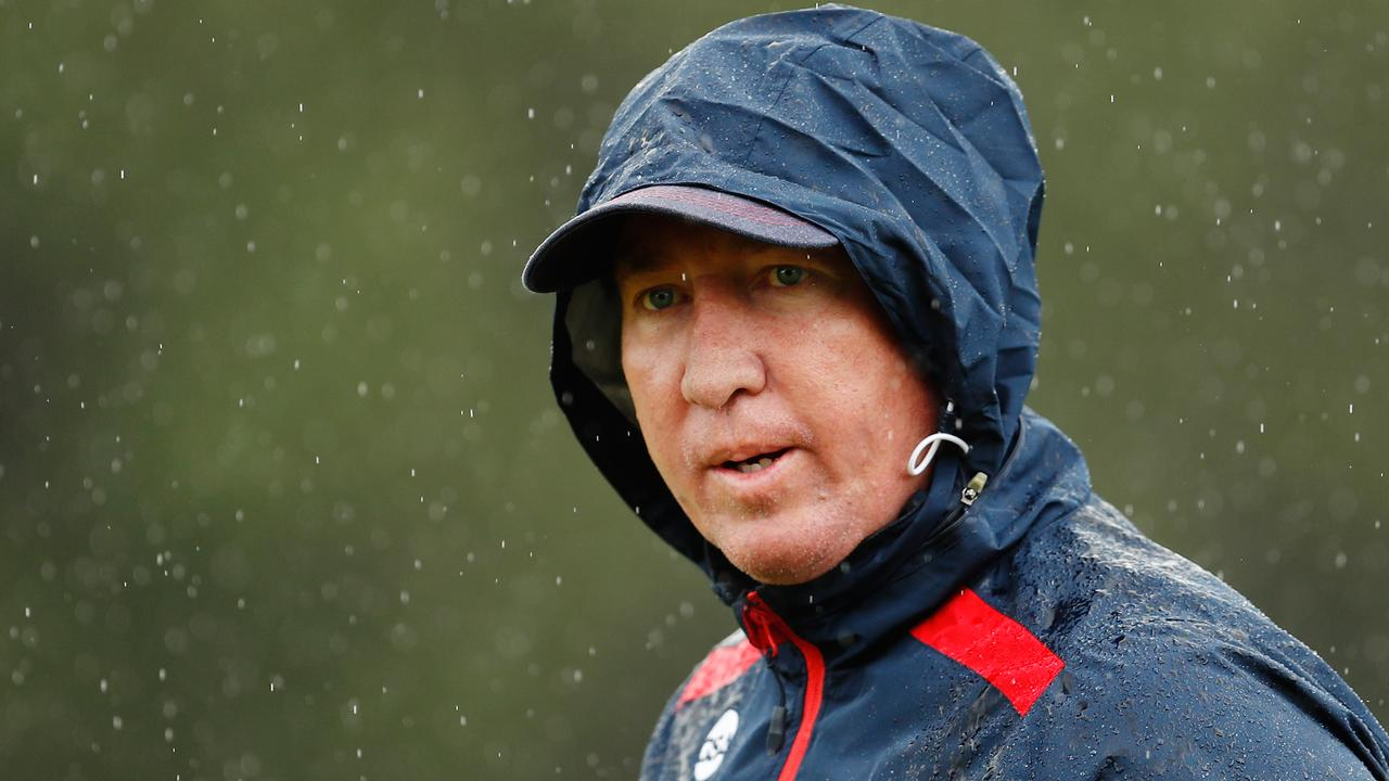 SYDNEY, AUSTRALIA - MARCH 16: Roosters coach, Trent Robinson looks on during a Sydney Roosters NRL training session at Kippax Lake on March 16, 2020 in Sydney, Australia. (Photo by Brendon Thorne/Getty Images)