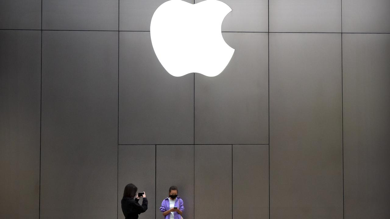The move should significantly speed up Apple products repairs. Picture: AP
