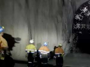 Hundreds of miners underground at time of explosion
