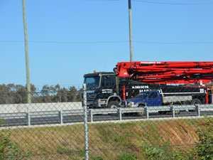 Aus Govt freezes heavy vehicle registration charges
