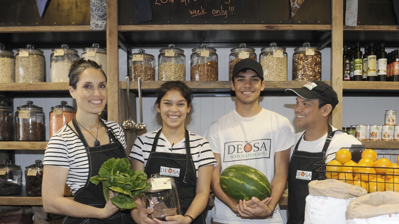 Sophie, Emmanuelle, Oliver and Daniel Ramos at Deosa Wholefoods, on Prince St.