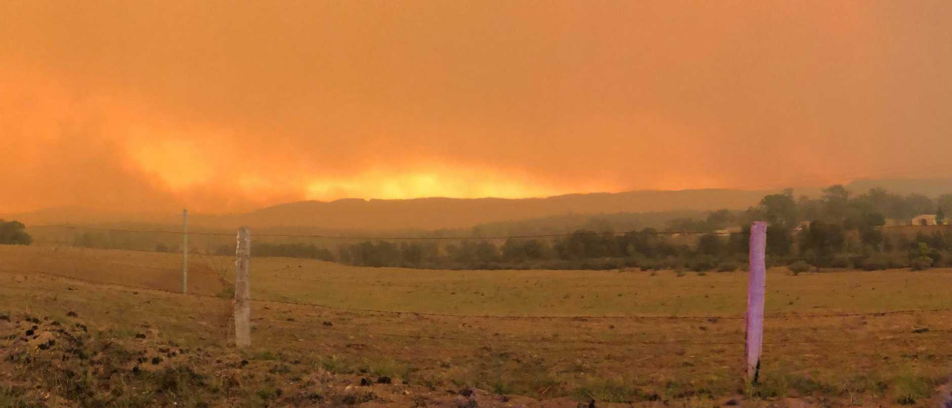 The Liberation Trail bushfire from the Armidale Rd looking west towards Boundary Creek Rd as it approached Nymboida on the afternoon of Friday, 8th November, 2019. Photo: Lawrence RFS Captain Scott Campbell
