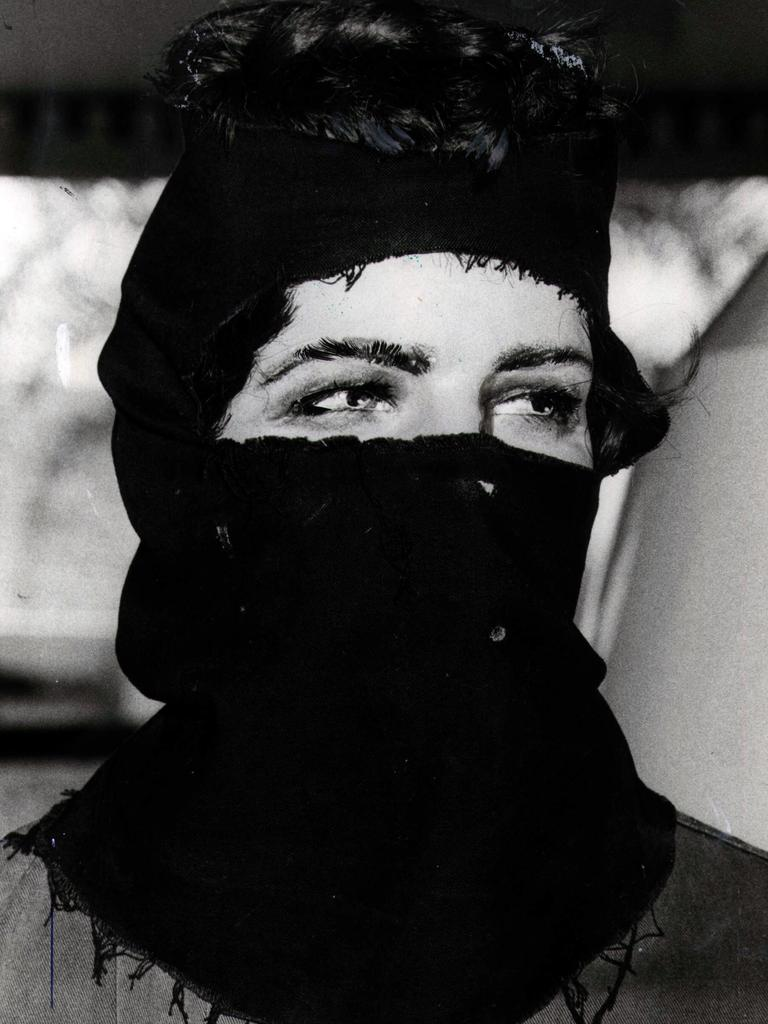 A police dummy displayed on the Gold Coast dressed as the Tweed Heads Murderer – the Balaclava Killer in December, 1980. Pic: News Corp